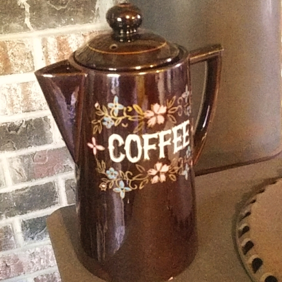 VNTG Coffee Pitcher Pot with Lid Hand Paint